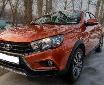 Lada Vesta SW Cross (Orange)