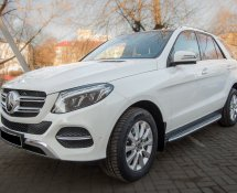 Mercedes-Benz GLE (White)
