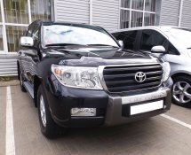 Toyota Land Cruiser (Black)